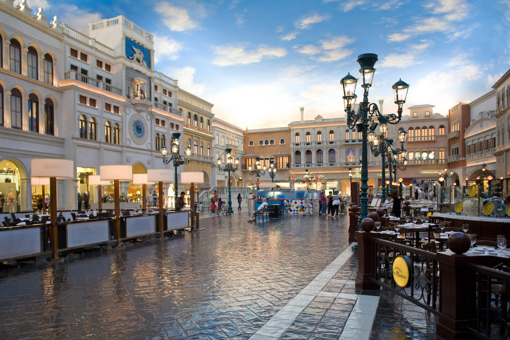 e17232fd1059 Case Study  The Venetian Grand Canal Shoppes – Semco Modern Seamless ...