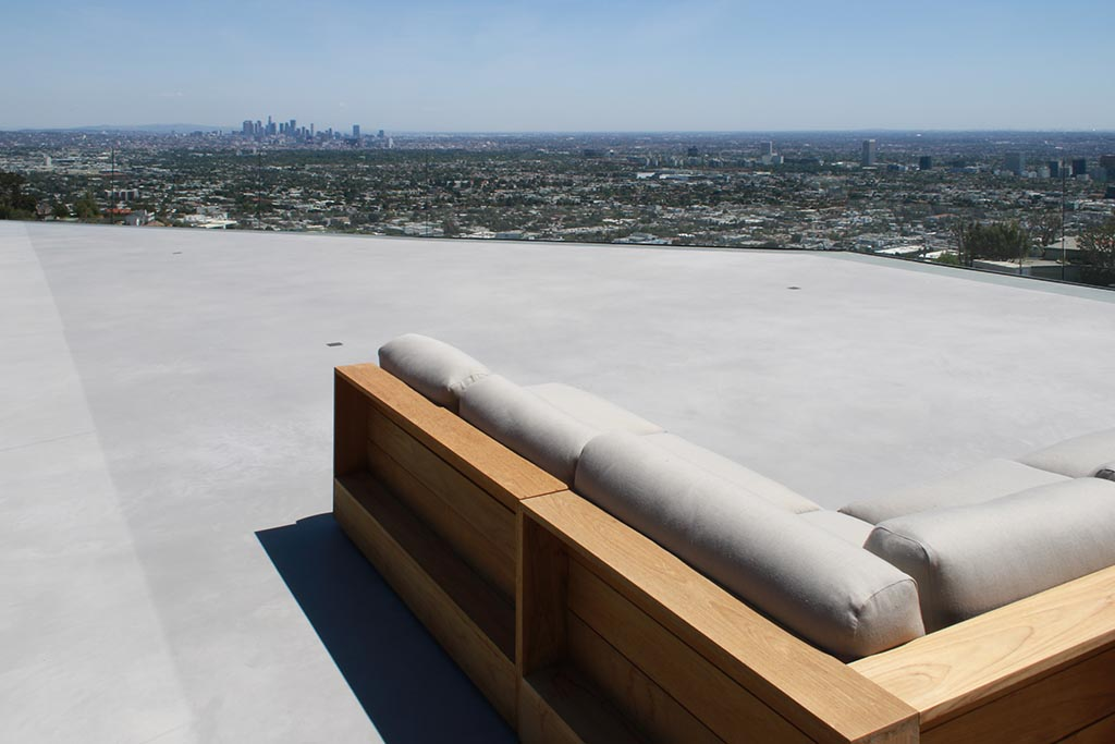 Fashion designer's residence renovation - SEMCO Seamless Stone roof deck